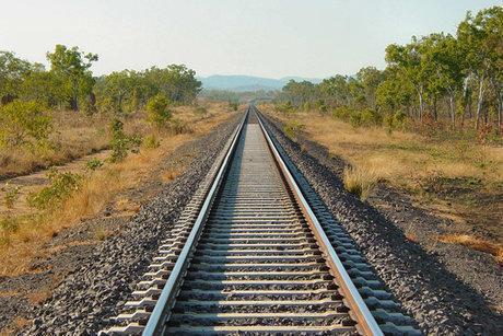 انسداد راه آهن تهران جنوب در مسیر لرستان