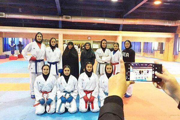 معاون بانوان وزارت ورزش در اردوی تیم ملی کاراته