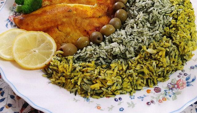 توزیع سبزی پلو با ماهی در شب عید میان 7000 کارتن خواب
