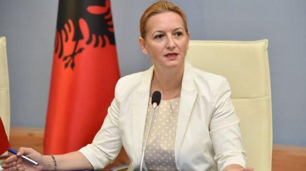 خبرنگاران بسته 350 دلاری آلبانی برای کارگران آسیب دیده از کرونا