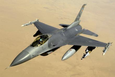 آمریکا مواضع طالبان در هلمند را بمباران کرد