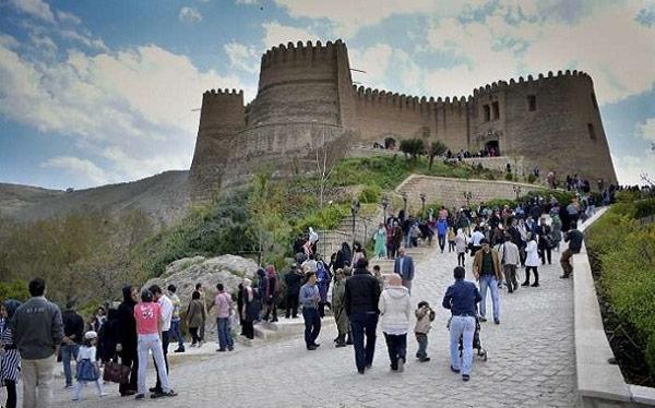 قلعه فلک الافلاک خرم آباد؛ دژی به عظمت قوم لر