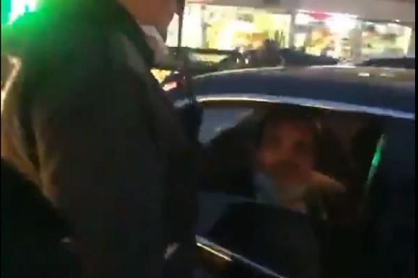 (ویدئو) فیلم پلیس از سیلی نماینده به سرباز؛ عنابستانی راست می گوید؟